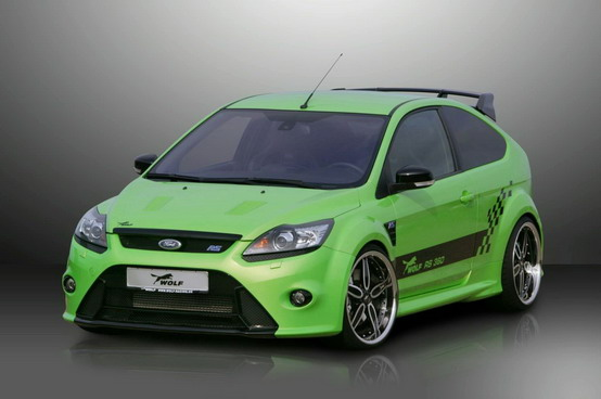 Wolf Racing pompa la Ford Focus RS