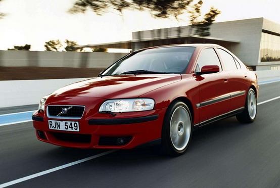 """Volvo starebbe considerando di far rivivere la gamma speciale """"R"""""""