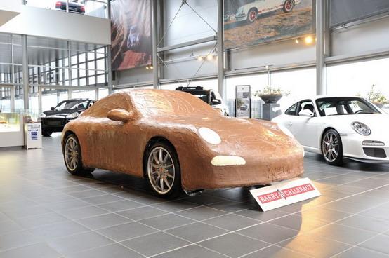Porsche 911 Carrera S di cioccolato