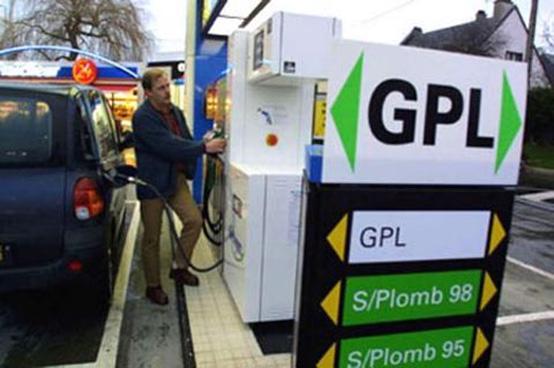 Ripartono gli incentivi per auto a metano e Gpl nel 2010
