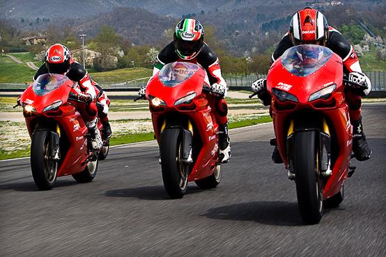 Ducati Riding Experience 2010, aperte le iscrizioni