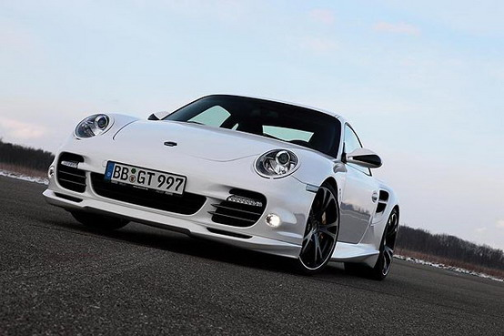 TechArt Porsche 911 Turbo, un missile da 612 cavalli