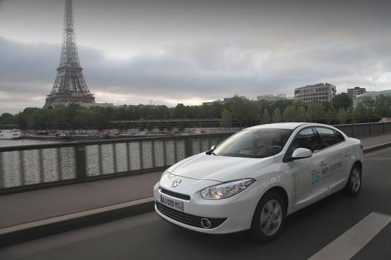 Renault eco², all'Atelier Ambiente 2010 si fa il punto sull'ecomobilità
