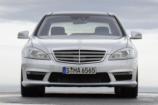 Mercedes Classe S: dettagli e gamma di motori della versione 2012