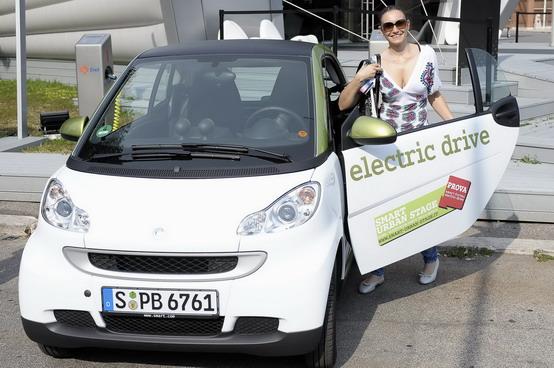 Smart, Volkswagen, Renault: il futuro è scelto. L'Italia è elettrica