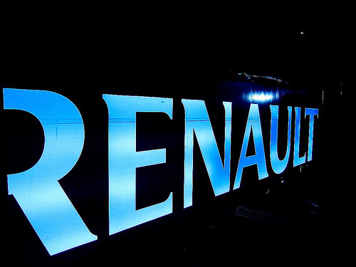 Renault, novità in vista per Koleos e Laguna