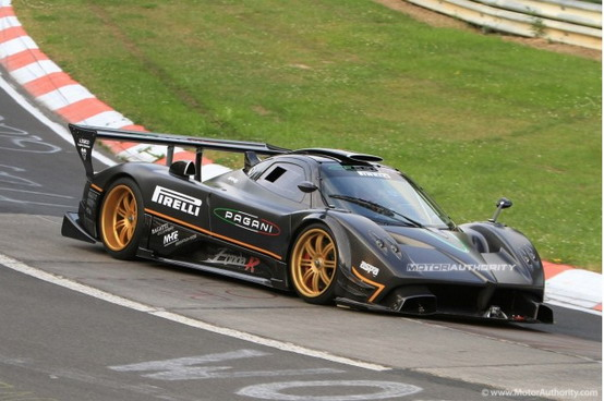 Pagani Zonda R, pubblicato un video documentario dei test del Nürburgring