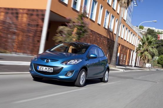 Salone di Parigi 2010, Mazda presenta il suo stand per la rassegna