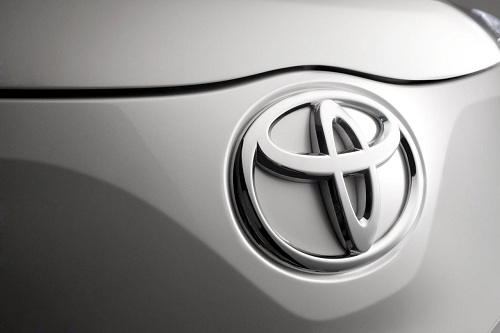 Toyota e Lexus, sei veicoli ibridi in programma