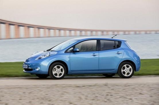 Nissan Leaf, la vettura elettrica è diventata Auto dell'Anno 2011