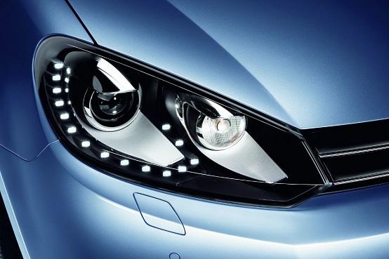 Volkswagen Golf, nuovi fari a LED per la media di segmento C