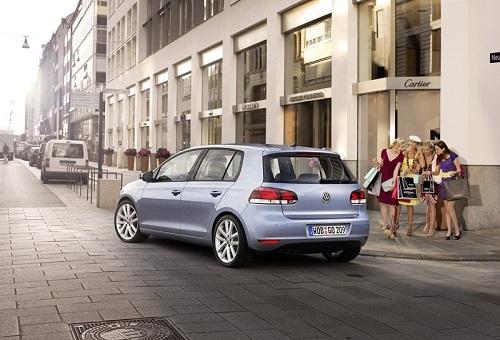 Volkswagen Golf Cabrio, dal 2011 torna nel listino