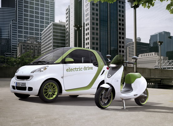 Motor Show 2010: Smart FortTwo Electric Drive ed e-Scooter in anteprima italiana
