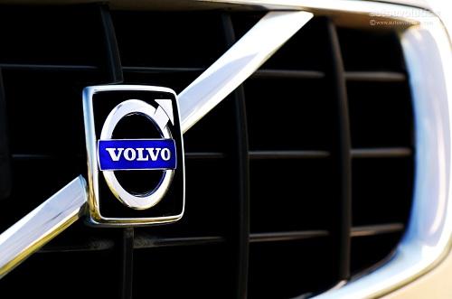 Volvo, l'AD Jacoby mette dei paletti