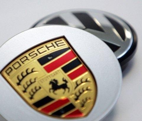 Volkswagen Golf Cabrio, costruita con Porsche Cayman e Porsche Boxster