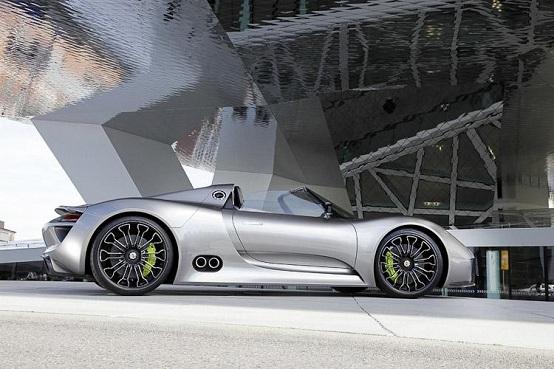 porsche a detroit 2011 la versione da pista della concept 918 spyder. Black Bedroom Furniture Sets. Home Design Ideas