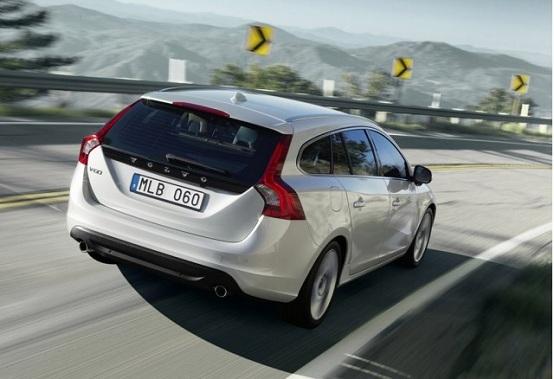 Ginevra 2011, nuova Volvo V60 Plug-In Hybrid