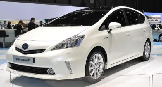 Toyota Prius V, lancio ritardato a causa del terremoto in Giappone
