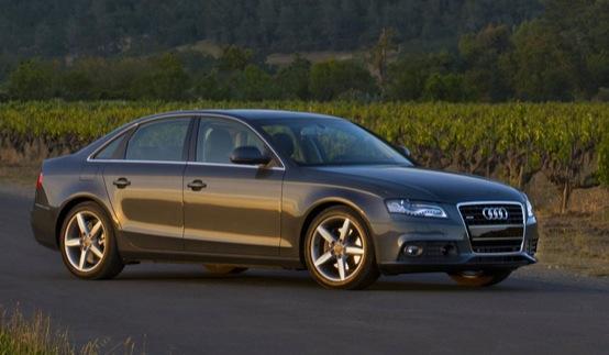Audi A4, arrivano le nuove versioni Ambient Plus e Advanced Plus