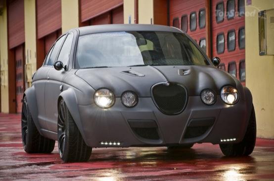 Jaguar S-Type secondo la visione del laboratorio Panzani