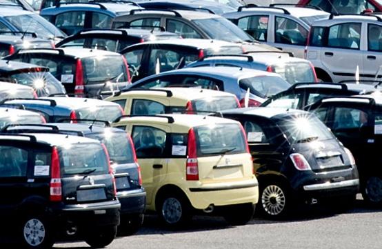 Mercato Auto: vendite ancora in ribasso a marzo