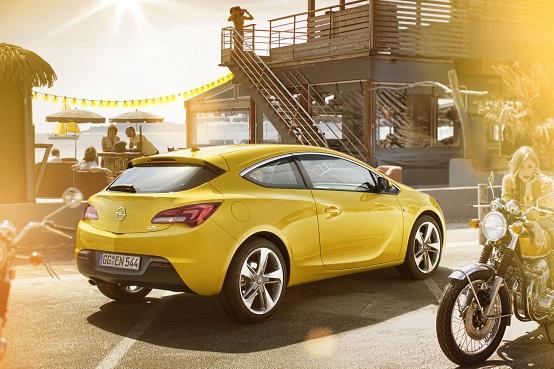 Nuova Opel Astra GTC, il listino prezzi ufficiale italiano