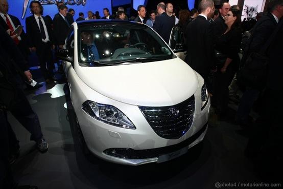 Nuova lancia ypsilon oggi e domani porte aperte lancia y diva 2011 - Lancia y diva 2010 ...
