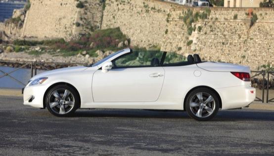 Lexus IS 250C Limited Edition riservata al mercato inglese