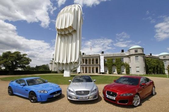 Festival of Speed di Goodwood 2011, la statua celebrativa di Jaguar E-Type