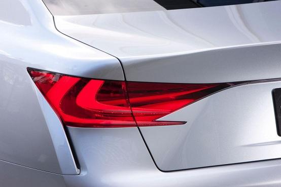 Lexus conferma il debutto della nuova GS al Concorso d'Eleganza di Pebble Beach