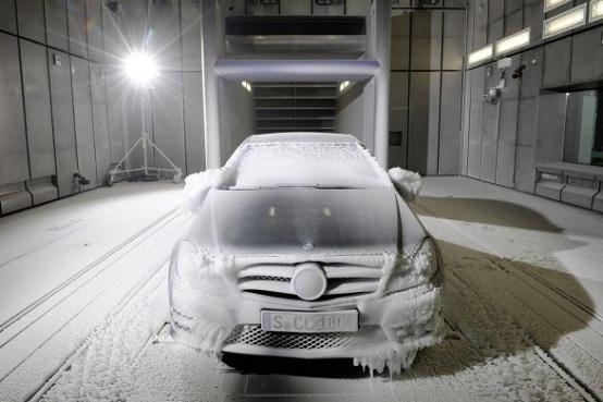 Video: Mercedes, le gallerie climatizzate dello stabile 64/1