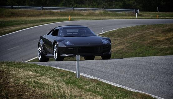 Ferrari blocca la nuova Lancia Stratos, sportiva prodotta da Pininfarina