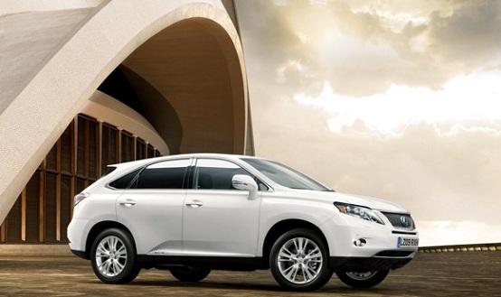Infiniti e Lexus lanceranno due nuove vetture ibride?
