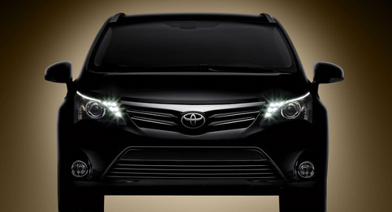 Toyota Avensis restyling, teaser ufficiale
