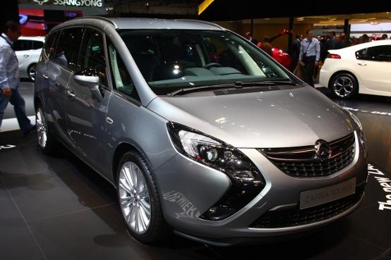 Opel Zafira Tourer - Salone di Francoforte 2011