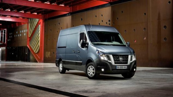 Nissan NV400: comodo, pratico e veloce