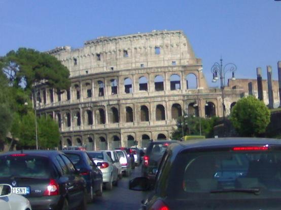 Roma, in vigore le nuove regole per le Ztl