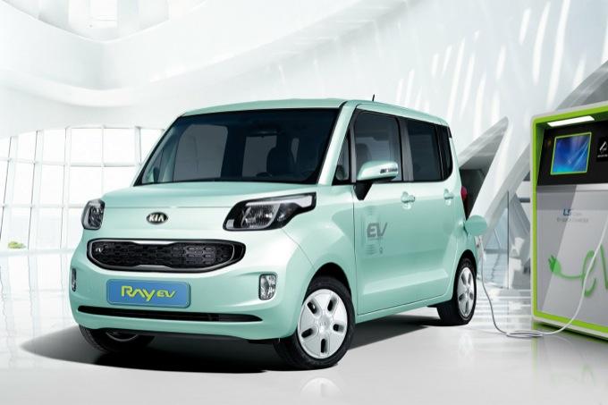 Kia Ray EV, lanciata anche in Corea la moda delle auto elettriche