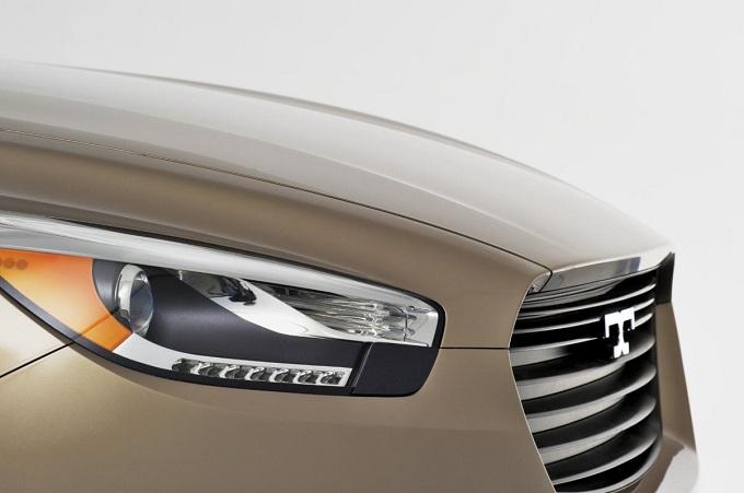 De Tomaso vende i diritti del SUV Deauville ad una società cinese