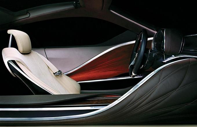 Lexus, nuovo teaser della concept car di Detroit 2012
