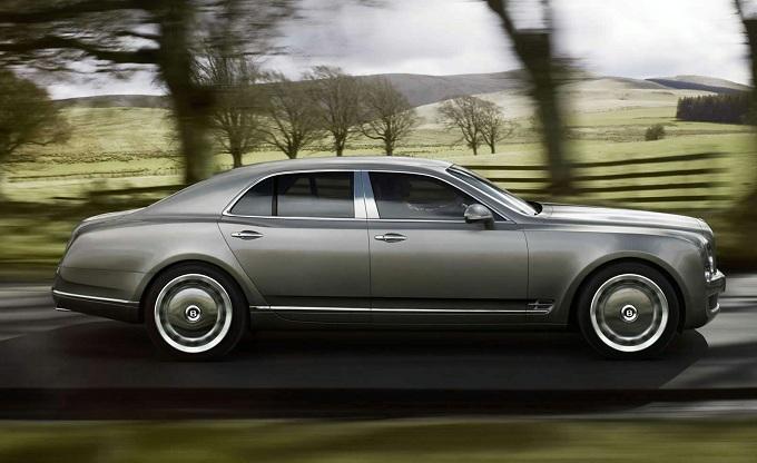 Bentley, il CEO fa la corte ai clienti (VIP) di Maybach