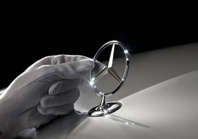 Mercedes punta a vendere 2.7 milioni di vetture all'anno entro il 2020