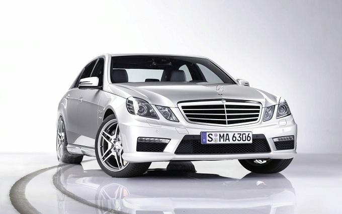 Mercedes Classe E, nuove info sulla versione super-leggera