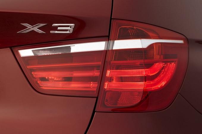 BMW X3 xDrive28i e BMW X5 M Sport Edition