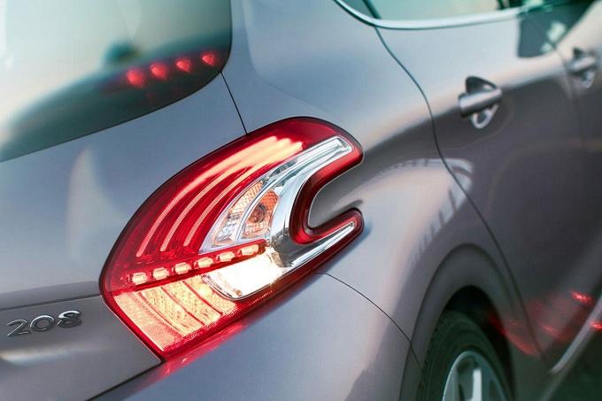 Peugeot 208 GTI, prime indiscrezioni sulla compatta sportiva