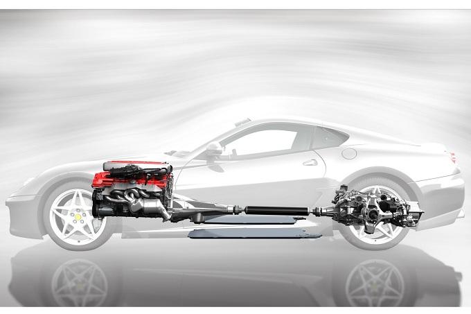 Ferrari: sì al V12 ibrido, probabile un motore a sei cilindri