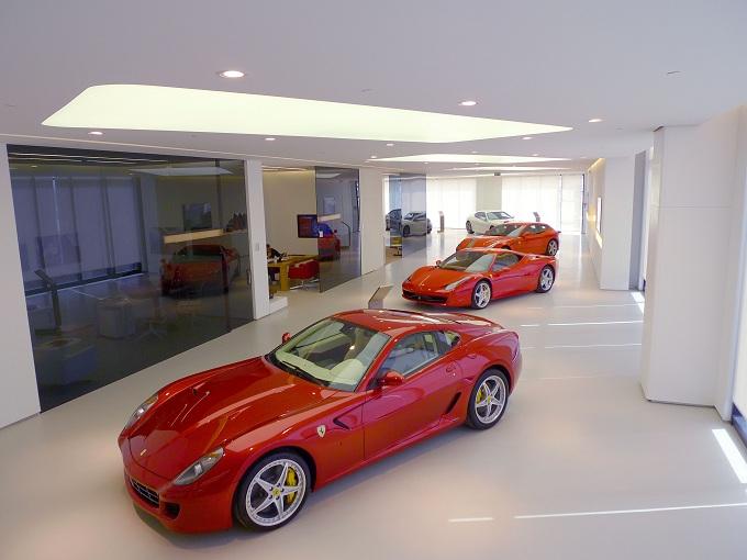 Ferrari showroom Israele