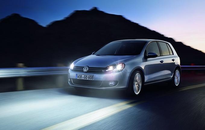 Volkswagen Golf, anche una versione coupé a quattro porte?