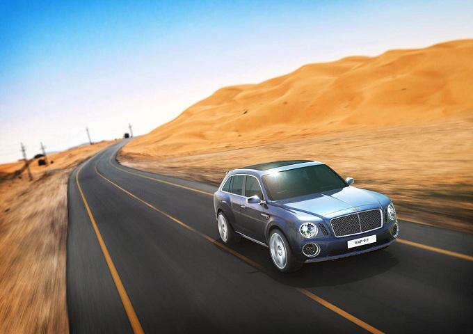 Bentley, il SUV svelato a Ginevra sarà ridisegnato
