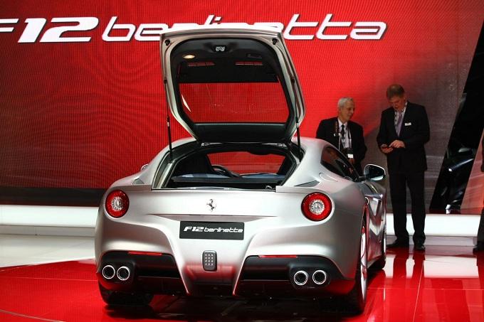 Ferrari: Montenzemolo ribadisce, né quotazione né SUV